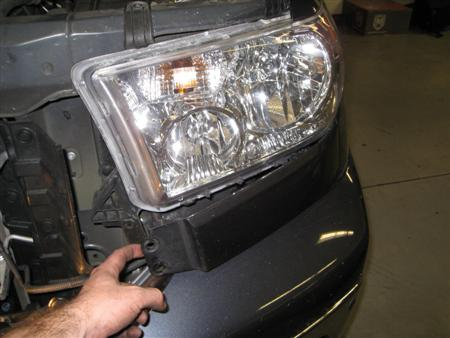 Tundra Headlight