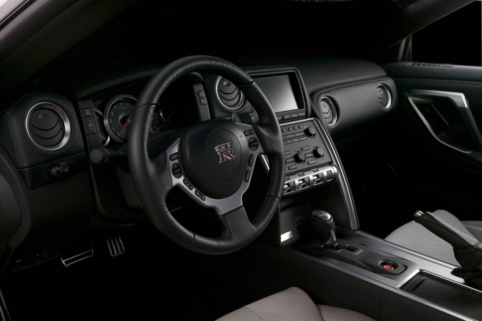 Subaru Aftermarket Parts >> Nissan PR: GT-R Interior Images   STILLEN Garage