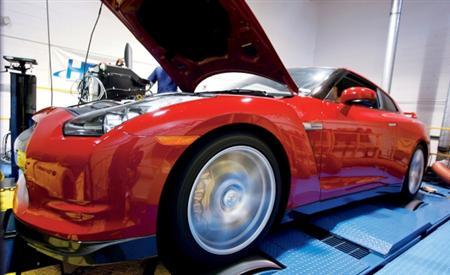 Car & Driver Nissan GT-R Dyno