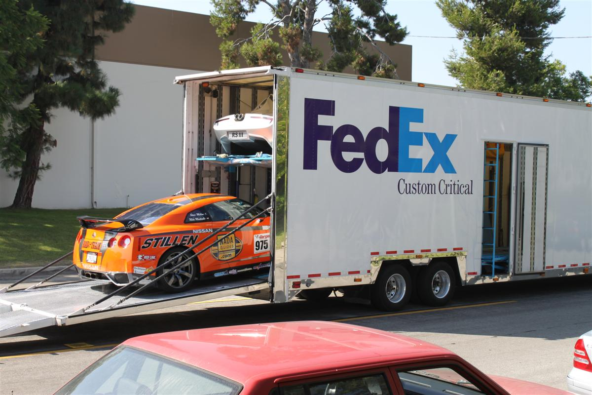 stillen gt r hits fedex transporter for newfoundland stillen garage. Black Bedroom Furniture Sets. Home Design Ideas