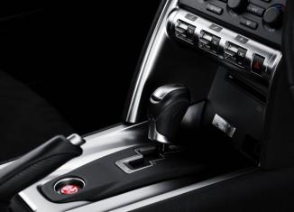 GT-R Interior Images