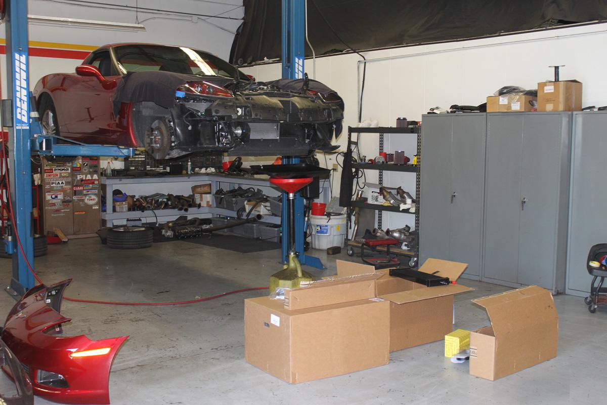 Corvette C6 Getting an Edelbrock Supercharger at the STILLEN Performance Shop
