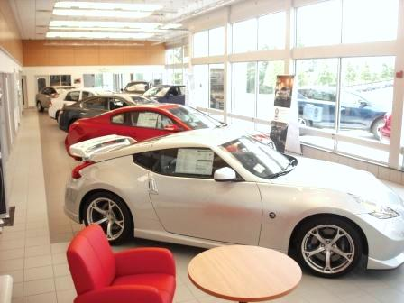 Criswell Nissan Showroom