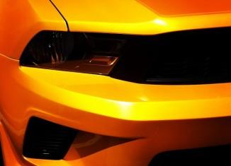 Street Scene STILLEN Ford Mustang GT