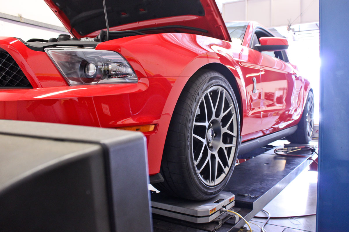 ford mustang shelby gt500 corner balance