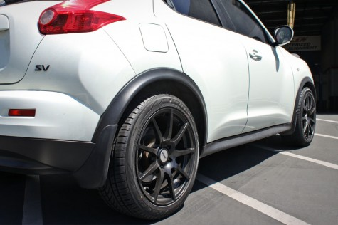 Nissan Juke Lowered with Eibach Pro-kit Rear