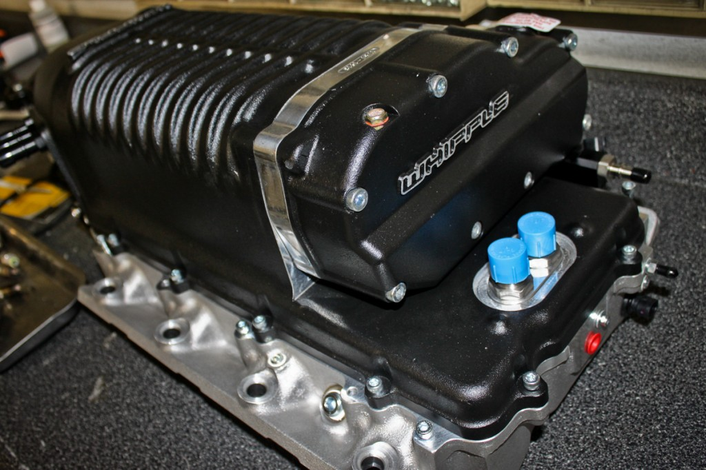 Camaro SS Convertible Whipple Supercharger unboxed