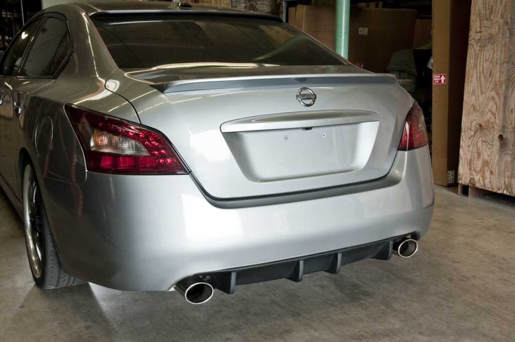 stillen maxima rear diffuser installed driver side angle