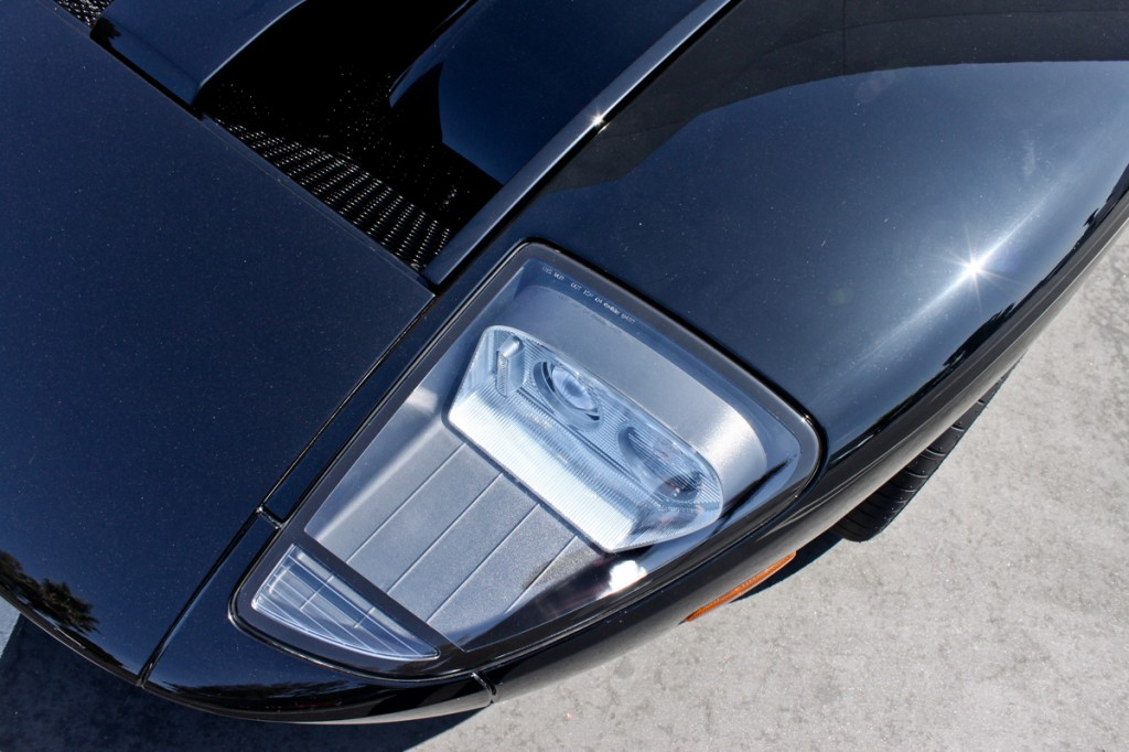 black ford gt headlight