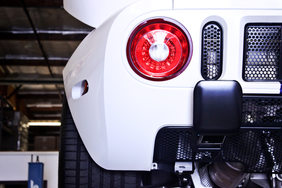 white ford gt rear tail light