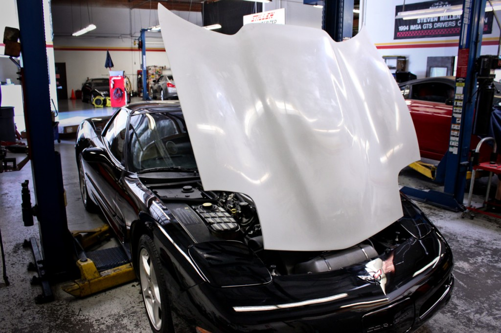 rk sport fiberglass corvette supercharger hood installed