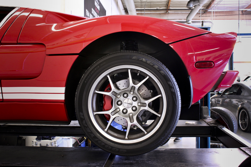 ford gt rear wheel