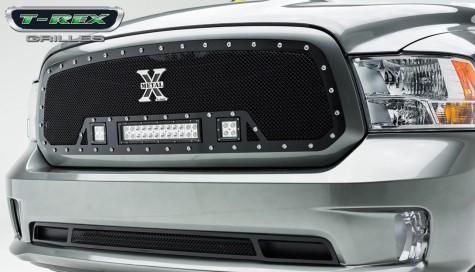13 Ram 1500 w/LED Off-Road Lights