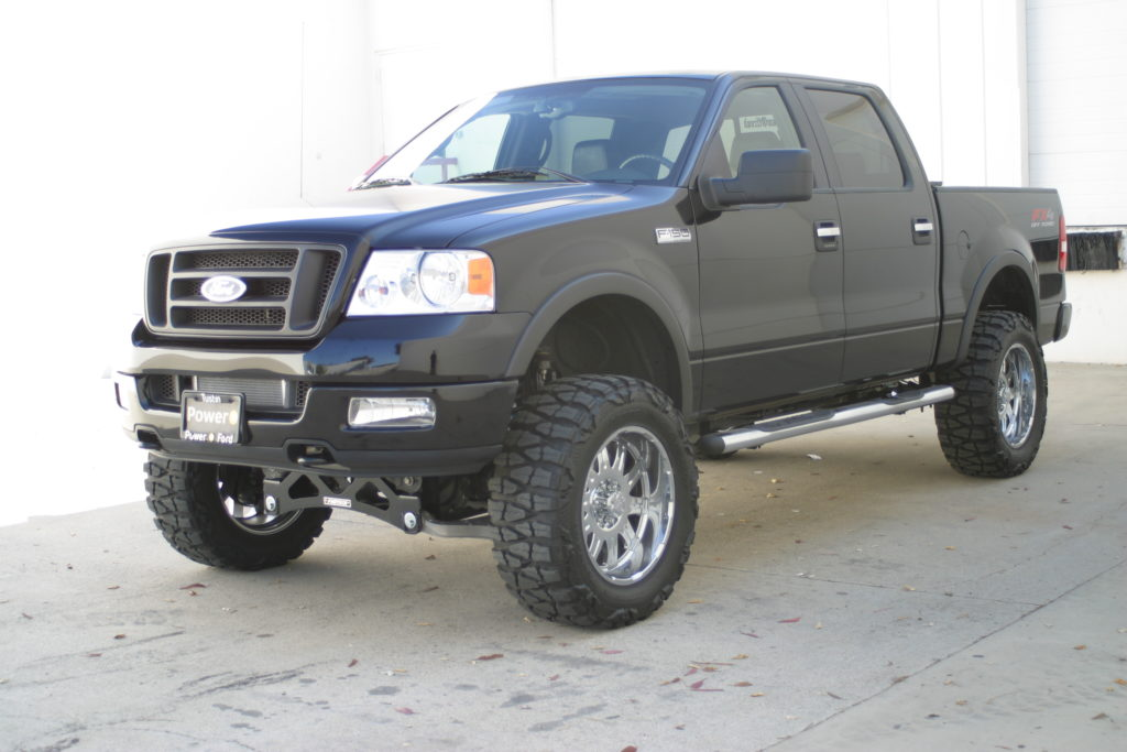 Lifted 2005 Ford F-150 4WD