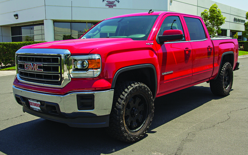 2014 GMC with ReadyLift Leveling Kit