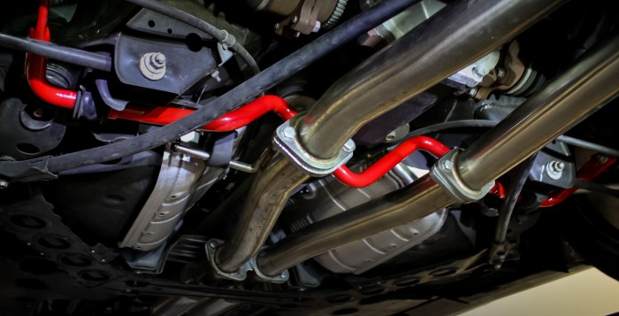 370Z with STILLEN 304375 Sway Bars