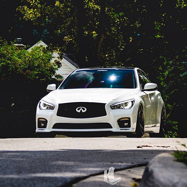 Ready to roll. @dystinctive with his Q50S at driving height on @AirREXusa suspension. ~~~~~~~~~~~~~~~~~~~~~~~~~~~~~ Photo: @kevinlu_photo  Wheels: @Vossen Aero: @STILLEN