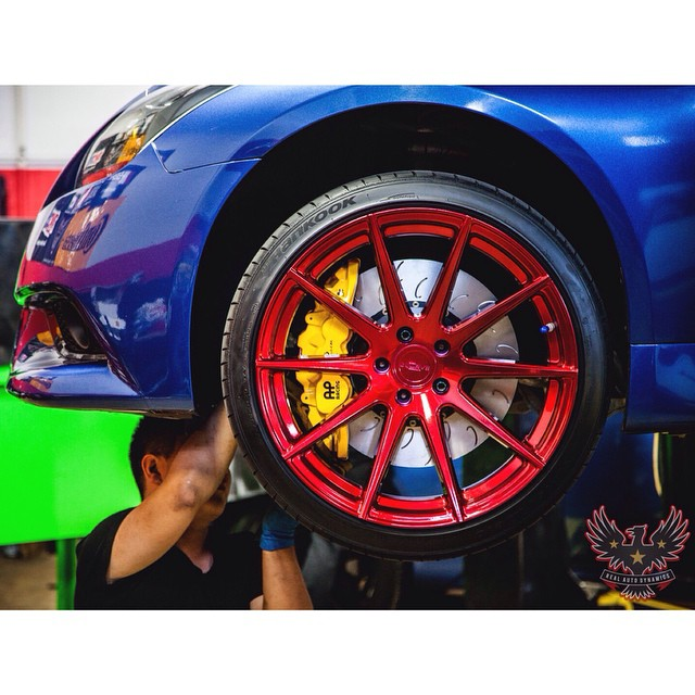 One of the biggest overlooked upgrades when adding significant power is the brakes. @danny_incurve only wants the best on his Supercharged G. AP by STILLEN Radi-CAL...the ultimate on stopping performance. Installed by @RealAutoDynamics