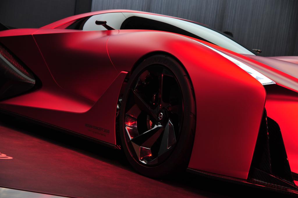 Nissan_Concept_2020_Vision_Gran_Turismo_tokyo_03